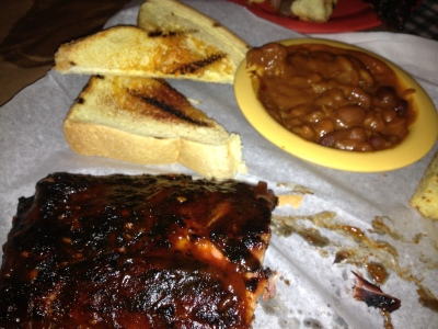 Fat Willy's Ribs, Beans, and Toast